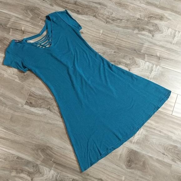 ❄️ 3/$25 HARMONY Teal Cut-Out Back Dress